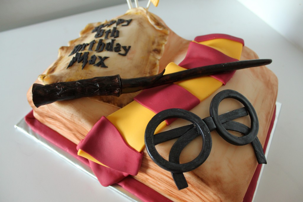 Harry Potter Cookie Cake