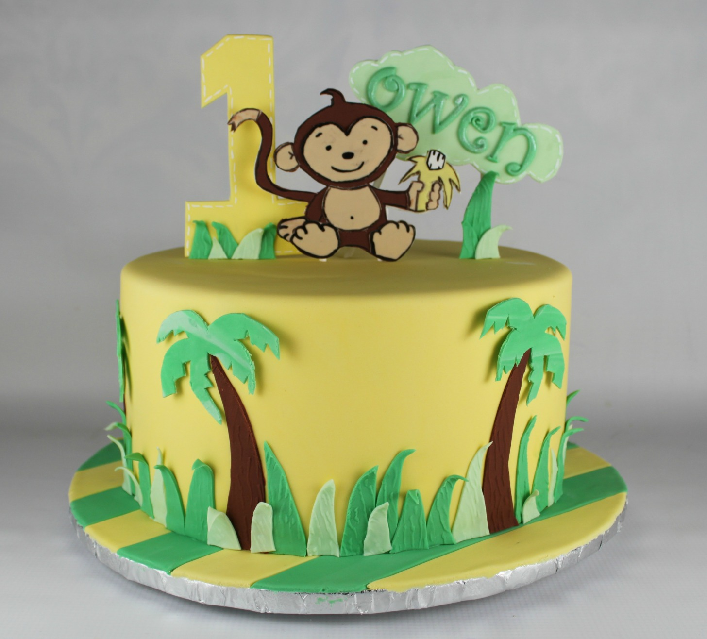 Monkey Cake Design Easy : Monkey in the Jungle Cake Lil  Miss Cakes