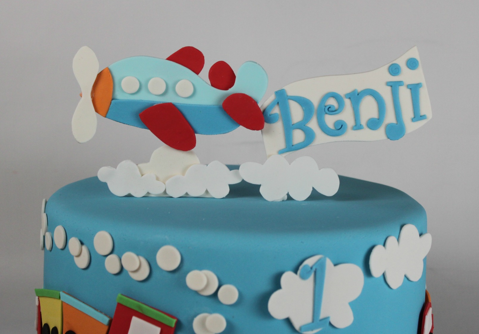 Edible Airplane Cake Topper