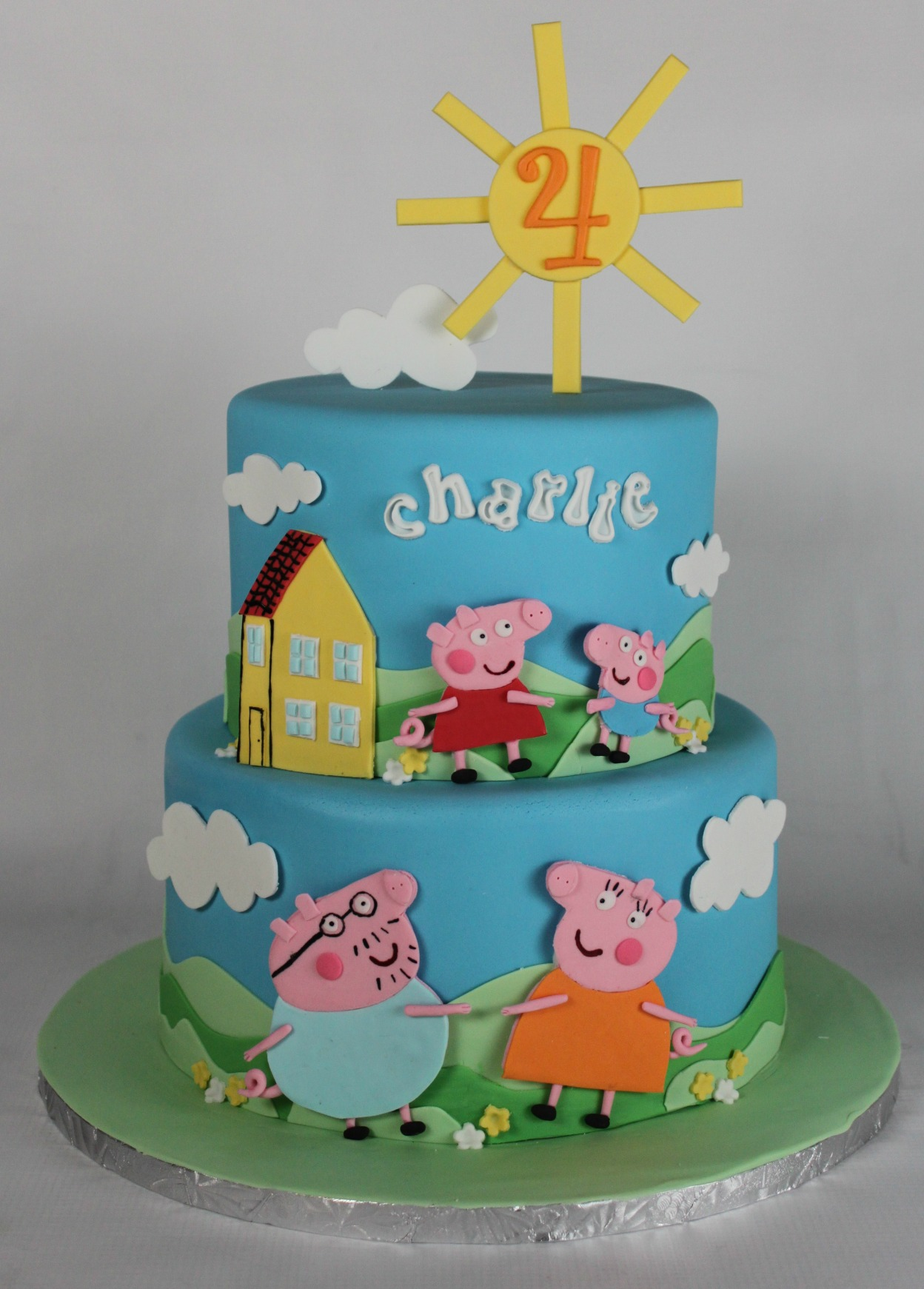 peppa pig birthday cakes to order