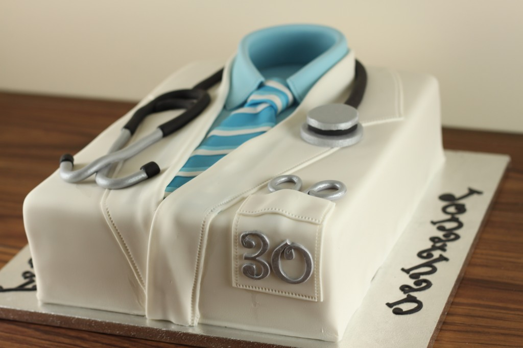 Images Of Cake For Doctor : Doctor s Lab Coat Cake Lil  Miss Cakes
