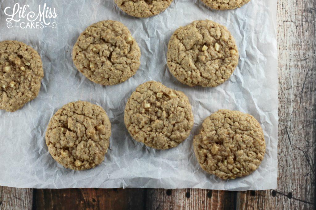 Apple Cinnamon Cookies | Lil Miss Cakes